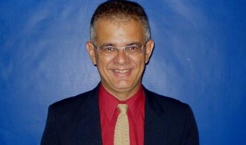 REGISTRO HISTÓRICO - Jornalista é homenageado por alunos de Comunicação da Faculdade Eduvale