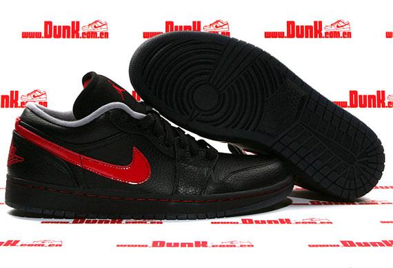 TRS Blog  Air Jordan 1 Phat Low – Black – Varsity Red – Stealth 3b0ee7f00