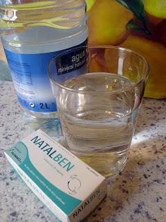 Natalben y un vaso de agua fresca a la mañana