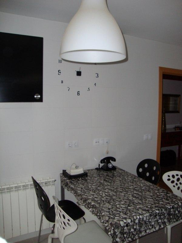 Mesas y silla de cocina decorar tu casa es for Foro de decoracion facilisimo