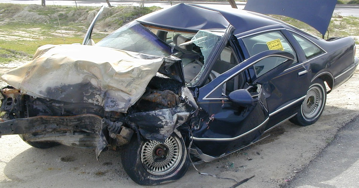 car crash photos 2013 car crash pictures. Black Bedroom Furniture Sets. Home Design Ideas