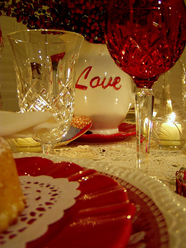 Valentine's Table Setting Tablescape