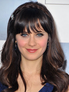 Zooey Des chanel Hair Style Pic