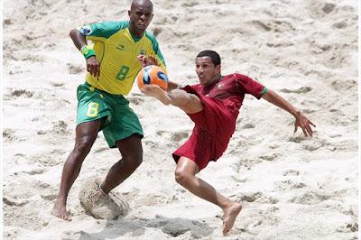 Alan (POR) defronta Júnior Negão (BRA) no Campeonato do Mundo FIFA Rio de Janeiro 2007