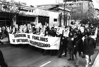 Após o golpe que derrubou o governo Allende e exterminou a esquerda chilena, manifestações como esta dificilmente seriam vistas