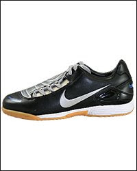nike total 90 indoor soccer shoes