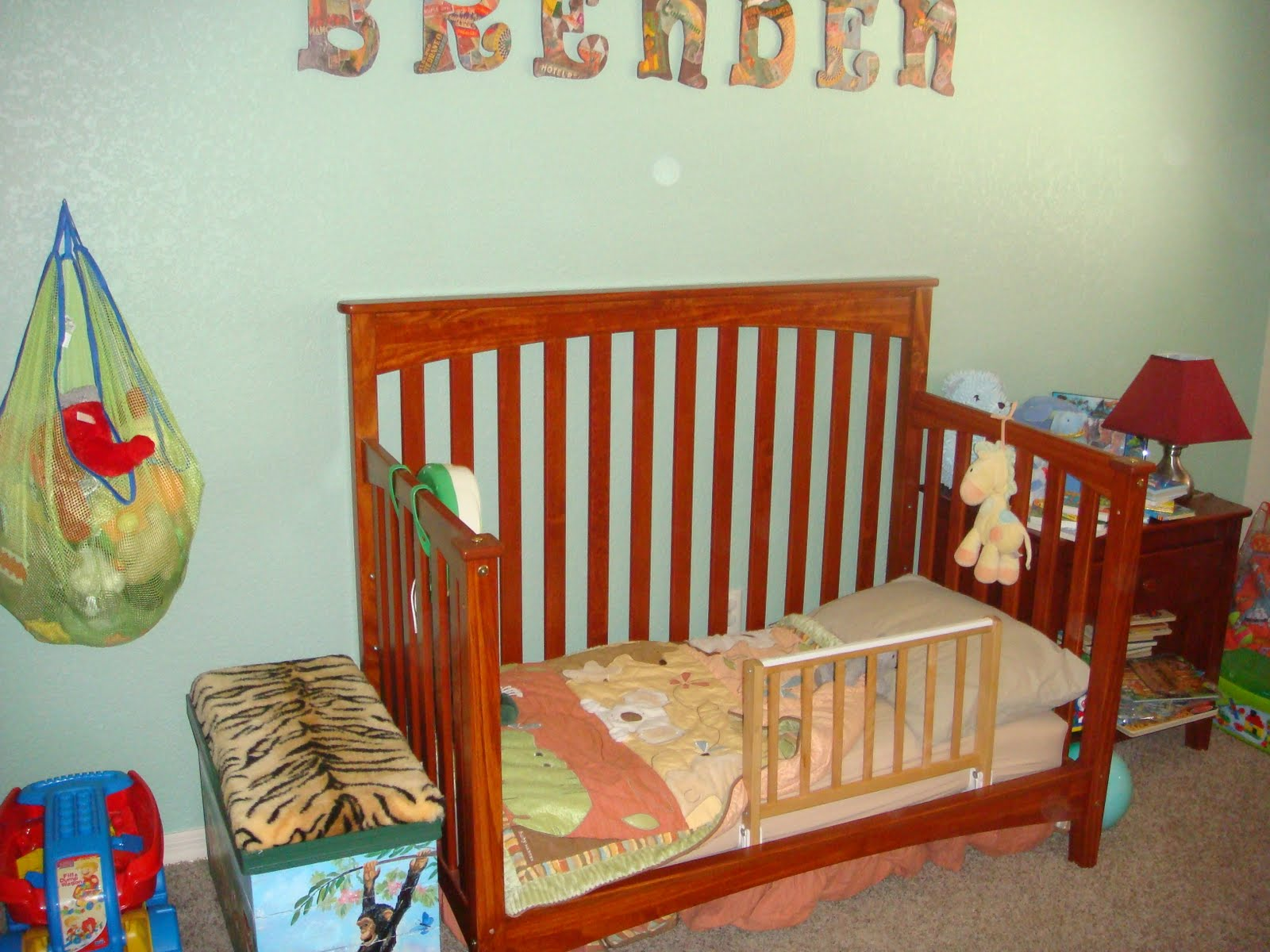 Slayville: From crib to toddler bed....the baby to toddler ...
