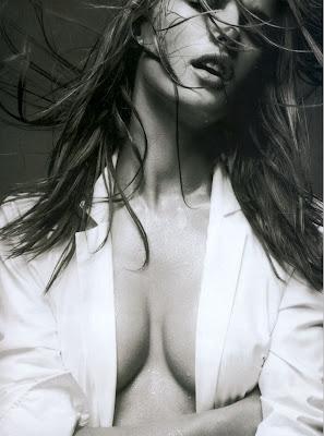 Alessandra Ambrosio - Arena