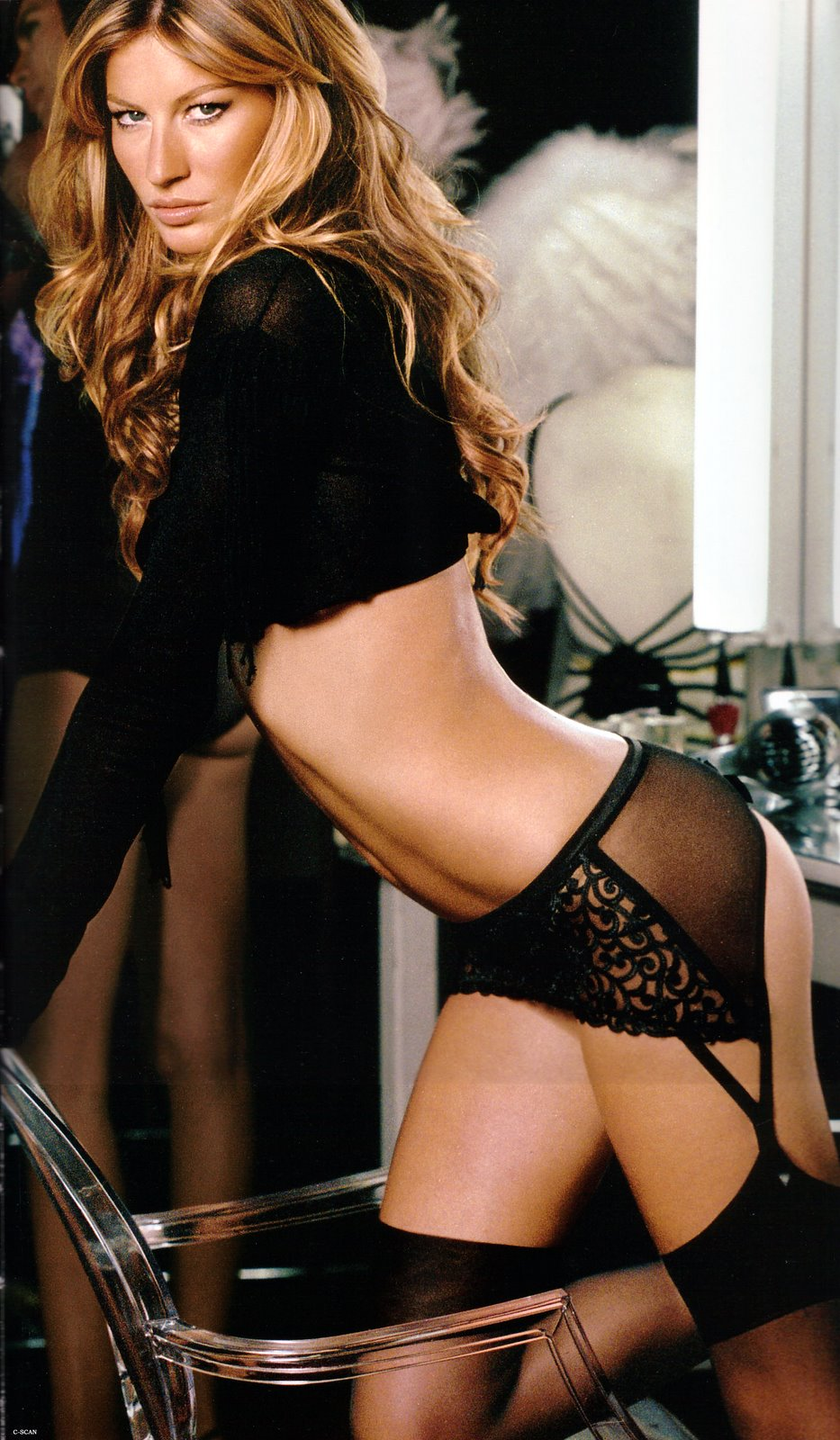 Gisele Bundchen in Victorias Secret Lingerie