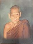 Luang Pu Khao Analayo