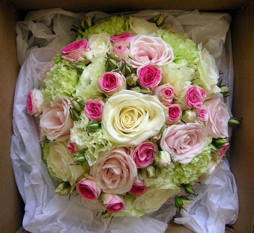 wedding flowers blog karen 39 s wedding flowers vintage pink and green. Black Bedroom Furniture Sets. Home Design Ideas