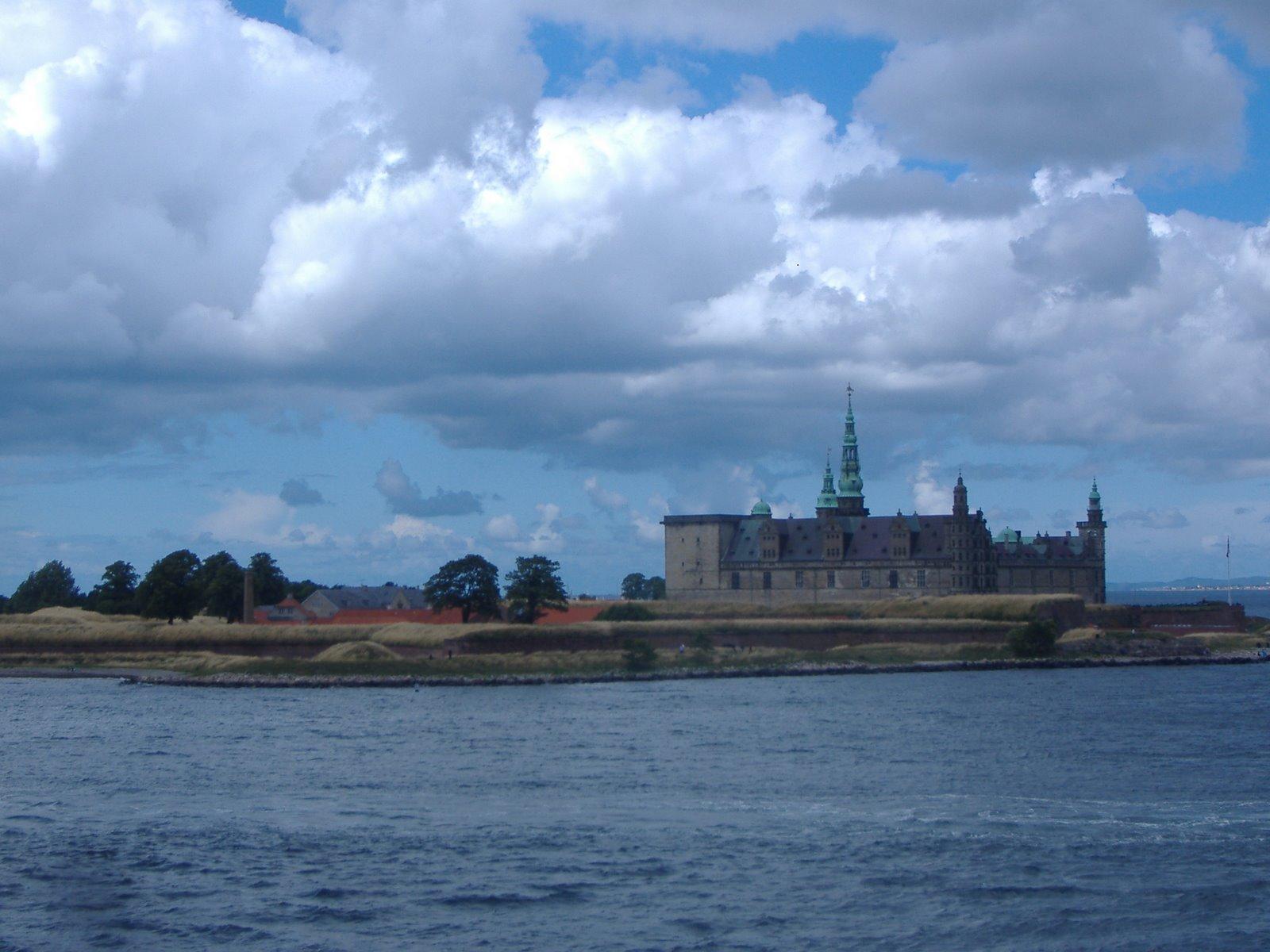 [Castillo+de+Kronborg+[Helsingør,+Dinamarca.JPG]