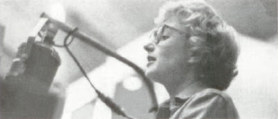 Blossom Dearie They Say It Is Spring Jazz