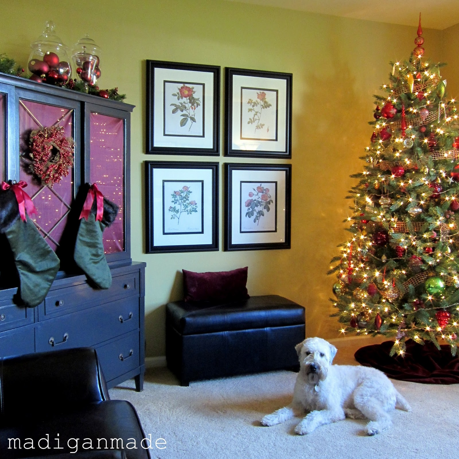 Simple steps for holiday decorating  a house tour    Rosyscription Simple steps for holiday decorating  a house tour