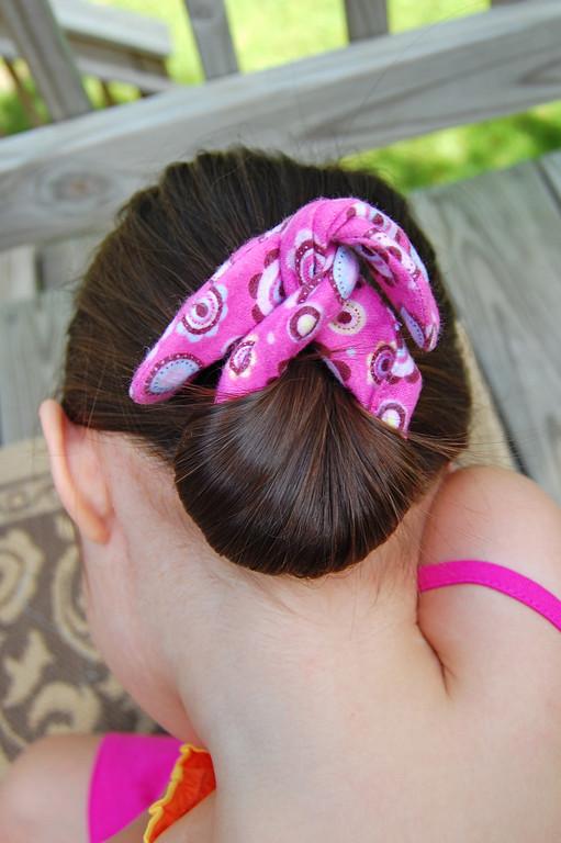 Coleteros y diademas de alambre y tela enrhedando for Diademas de tela para el cabello