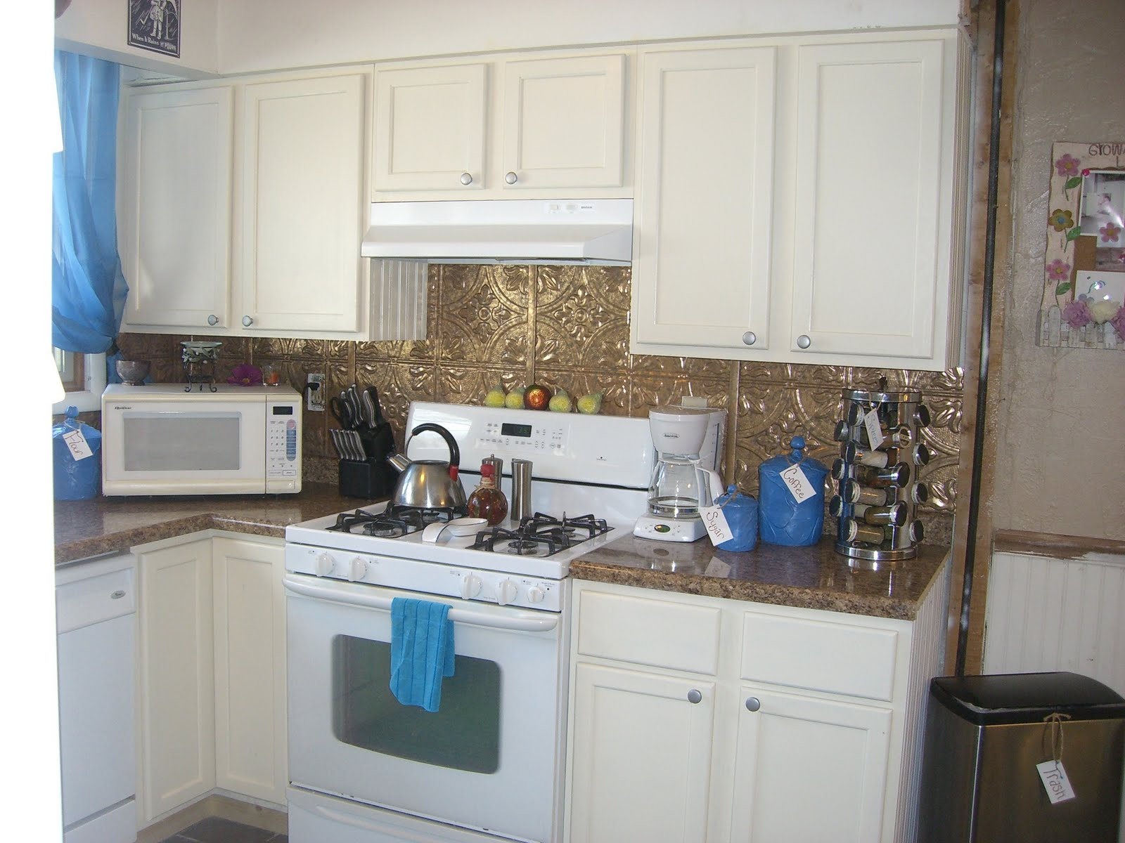 White Beadboard Kitchen Cabinets Dollar Store D 39ecor Beadboard Cabinet Doors