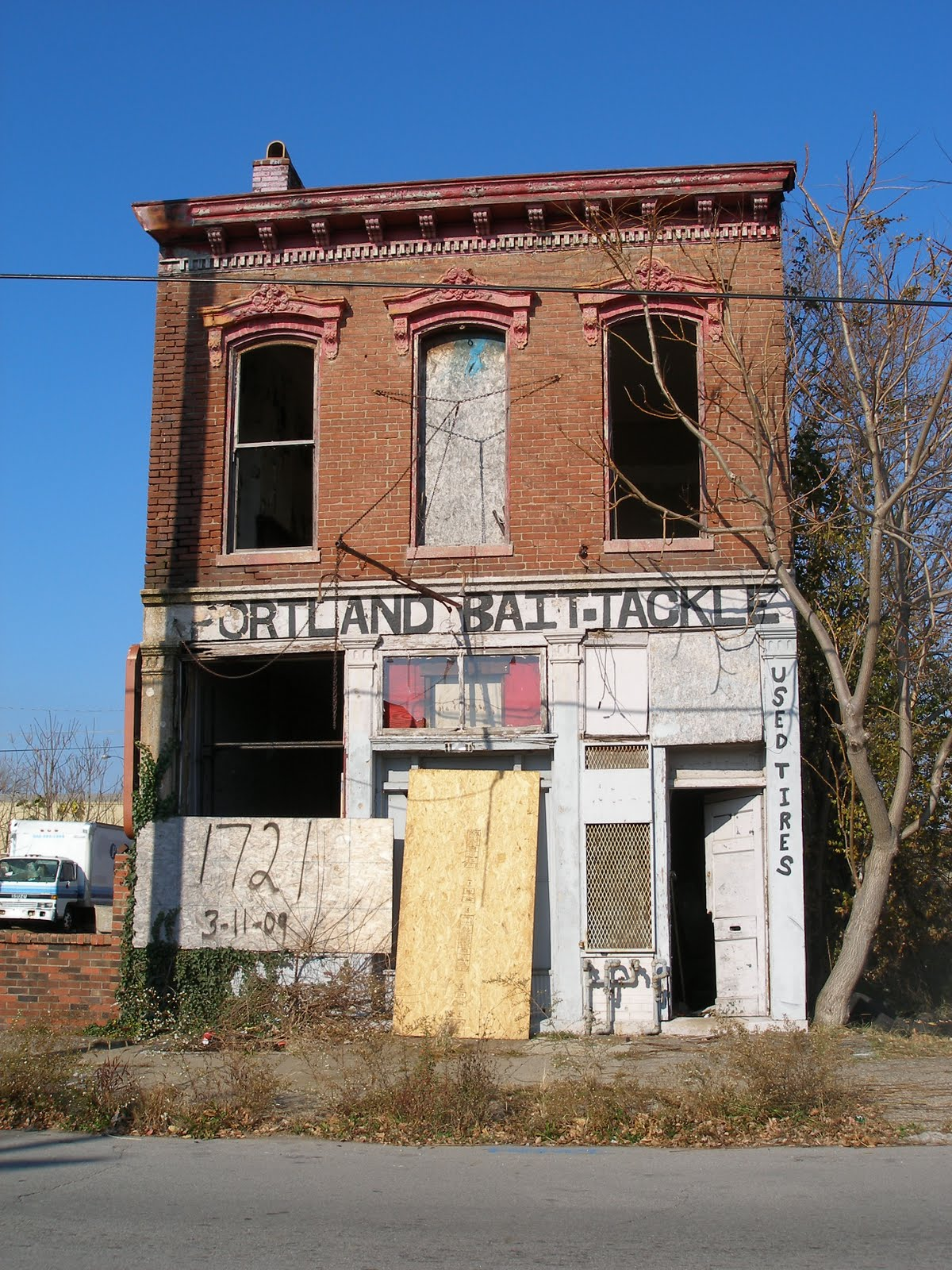 Whitewashed Windows and Vacant Stores: Portland Bait and ...