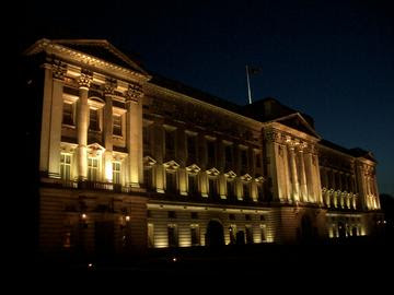night view photo of buckingham palace in london england lights shining