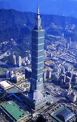aerial view of worlds tallest building taipei 101 in taiwan