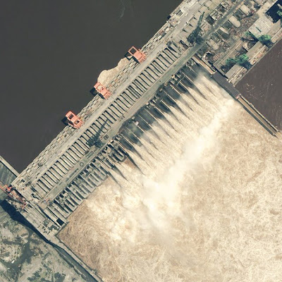 aerial photo of the three gorges dam in china biggest dam in the world