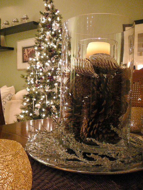 Focal Point Styling Ideas For Decorating With Pine Cones