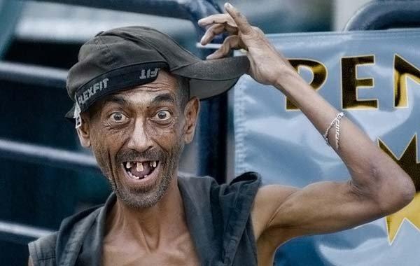 foto de hombre feo muy flaco