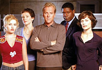 First season cast: Elisha Cuthbert, Leslie Hope, Kiefer Sutherland, Dennis Haysbert, and Sarah Clarke