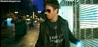 Related photos of Tired of Being Sorry music video of Enrique - 01