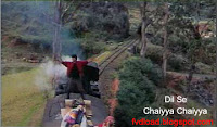 Images from the video song Chaiyya Chaiyya from Dil Se - 04