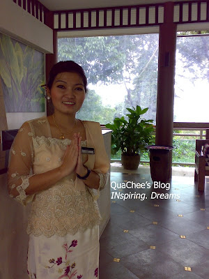 dream house, greeting, smile