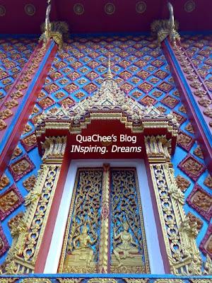 wat phranang sang temple building