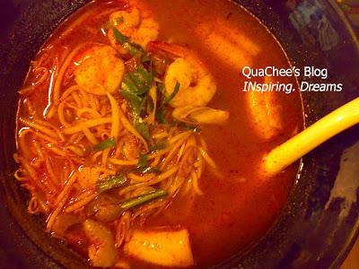 thai food, thailand, japanese-thai, ramen, tom yam