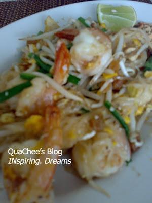 thai food, thailand - pad thai