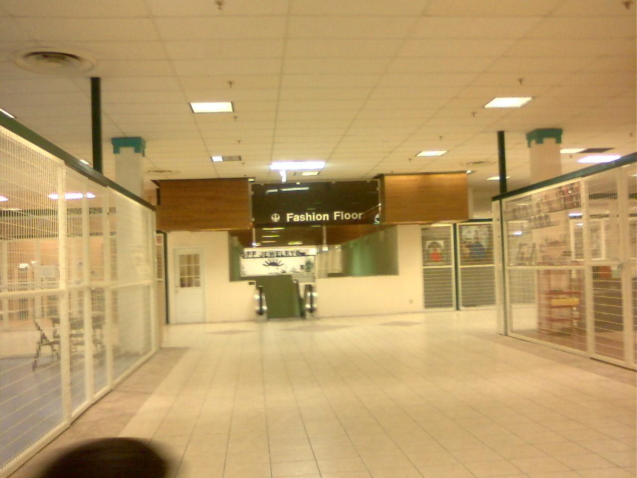 The Louisiana And Texas Retail Blogspot: Now Open