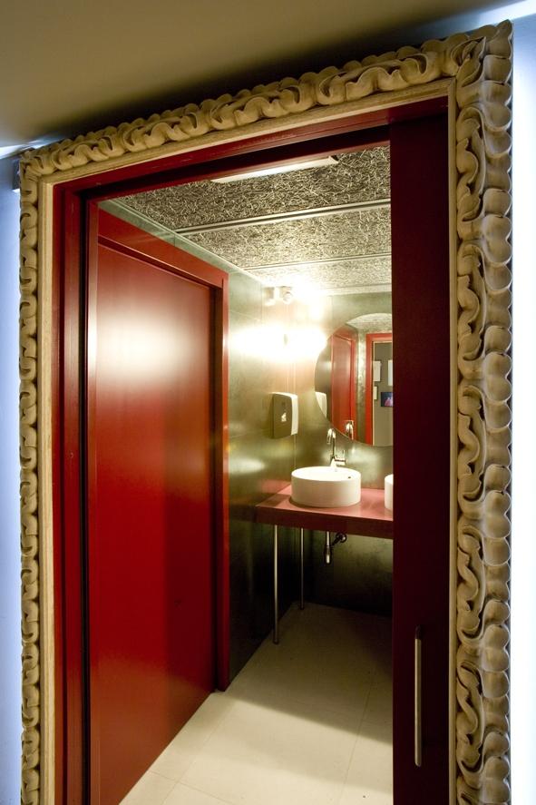 Projectes3centscinquanta6 bar restaurant ospi dos - Cuadros retroiluminados baratos ...