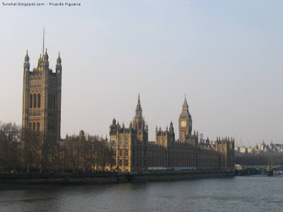 HOUSES OF THE PARLIAMENT - LONDRES
