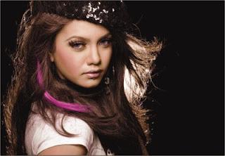 mila bangladeshi singer