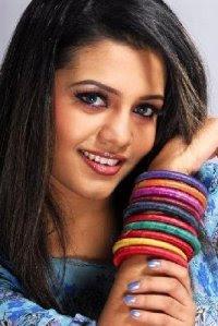 Bangladeshi Beautiful woman singer mila