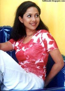 Nadia bangladeshi popular model