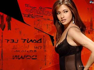 Popular hot model Riya Sen