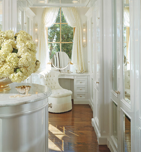 Traces Of Style: Dreamy Dressing Rooms