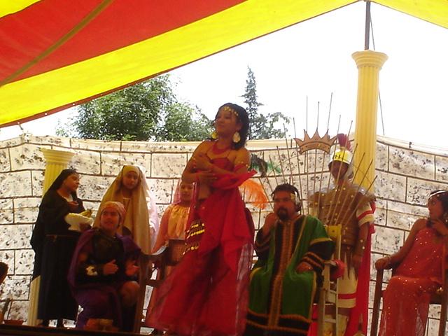 Fiesta en Maqueronte