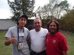 Sr. Auscencio Hernández, su hijo y el Sr. Mauricio Amado.