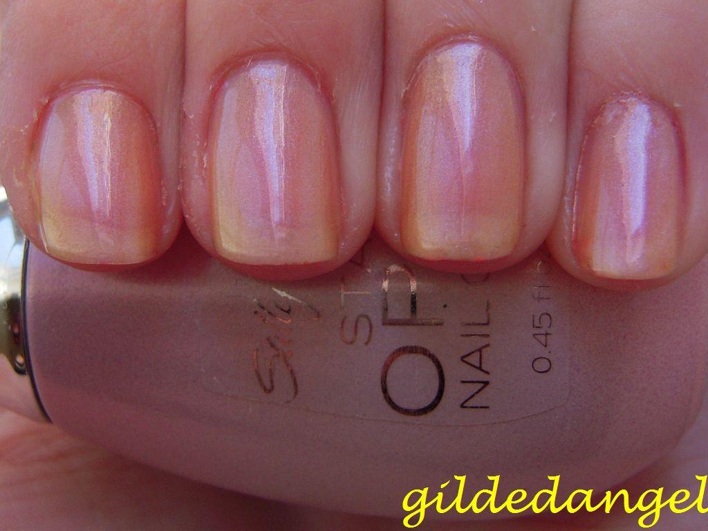 Sally Hansen Rose Gold Opal
