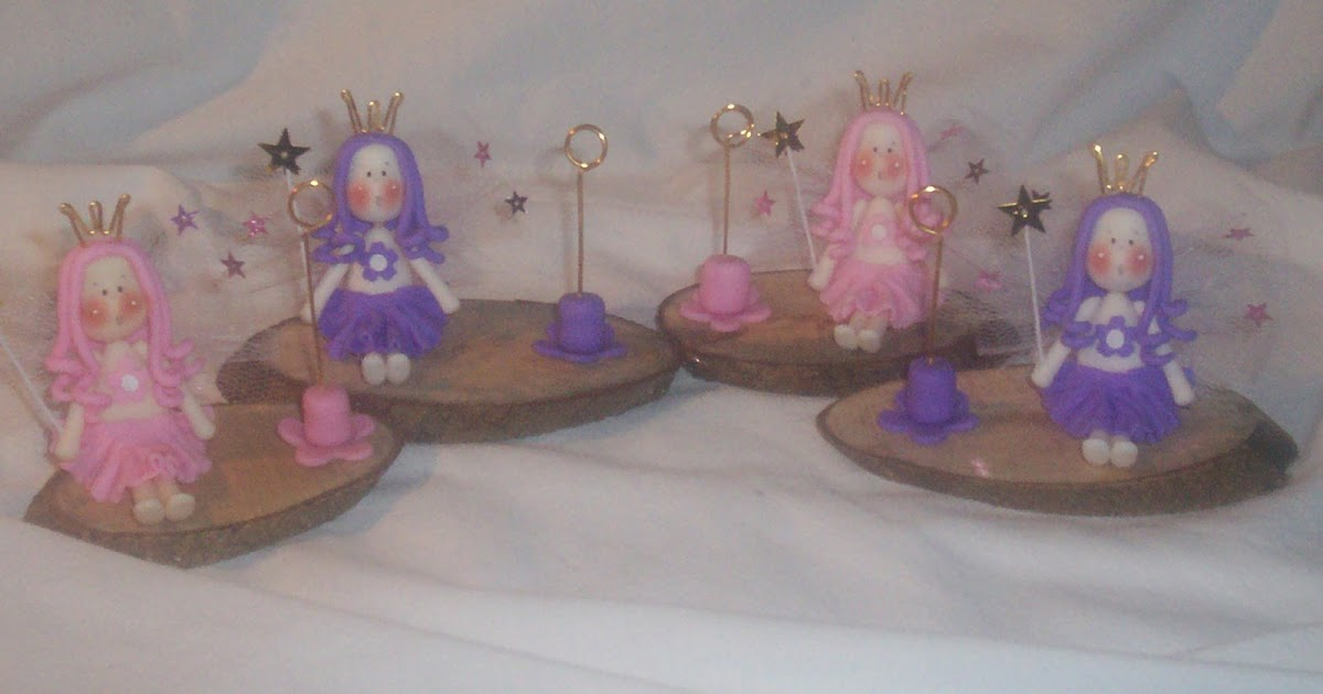 hadas y souvenirs en porcelana fria  souvenirs  hadas sentadas en tronquitos de madera