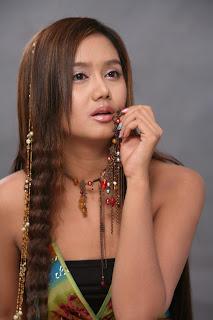 hottest myanmar model