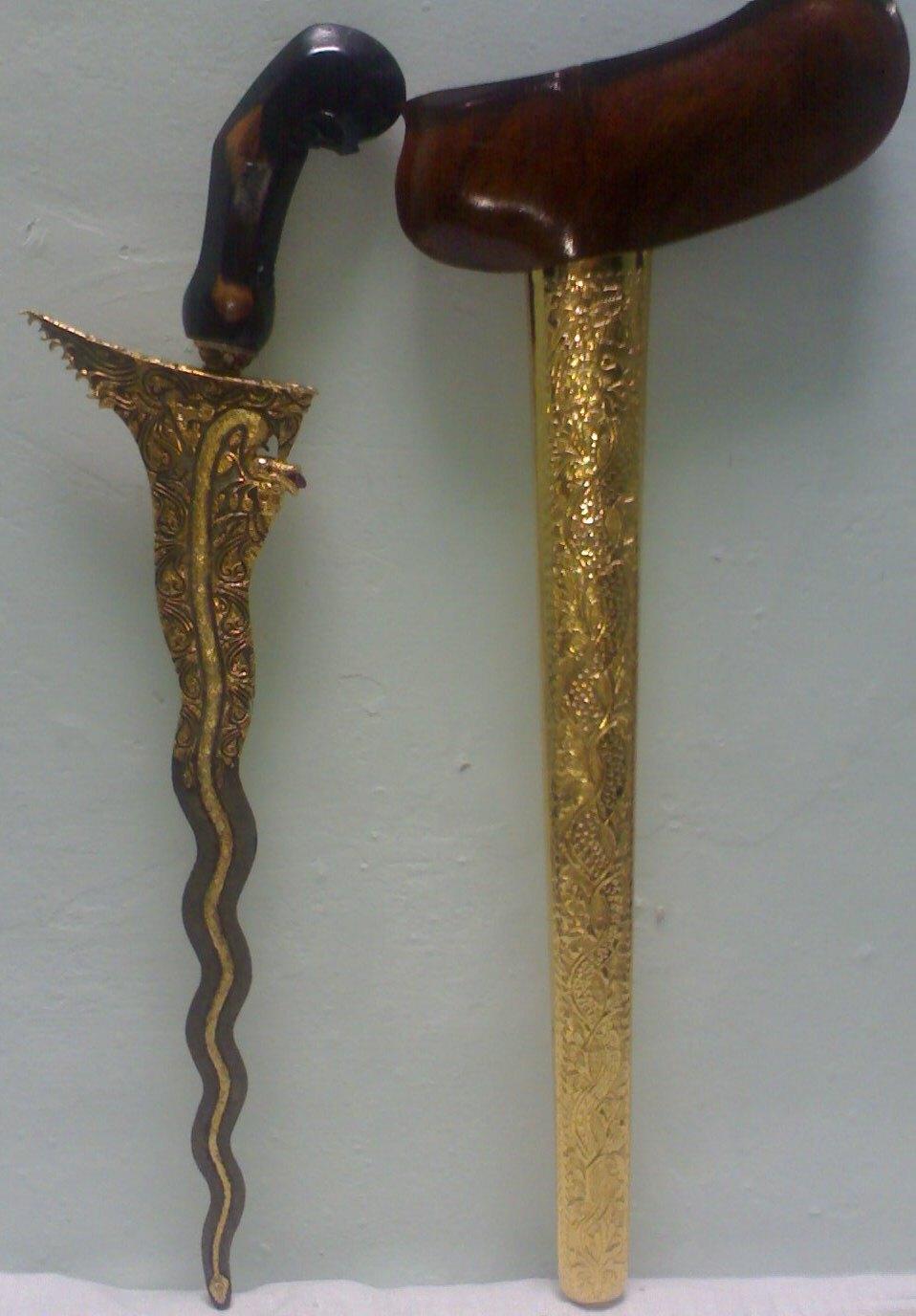 galeri barang antik keris nogososro 2