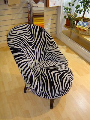l 39 atelier de tapisserie d 39 ameublement de stephanie. Black Bedroom Furniture Sets. Home Design Ideas