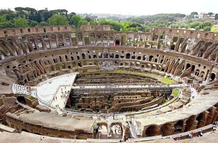 [The_Roman_Colosseum.jpeg]