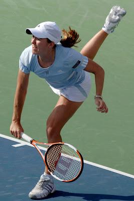 Justine Henin - Dubai Duty Free Womens Open